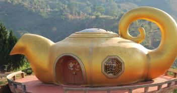 Thailand Tea monument
